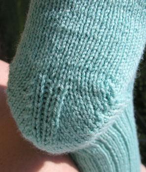 59b Lichen Rib Socks - Welsh Heel