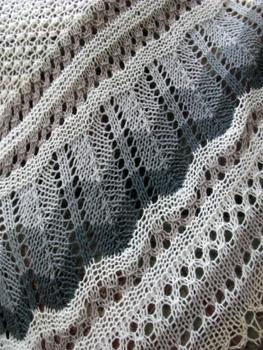 09f Icelandic Lace Shawl-Thordis