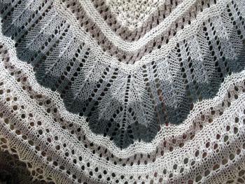 09h Icelandic Lace Shawl-Thordis