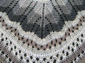 09c Icelandic Lace Shawl-Thordis