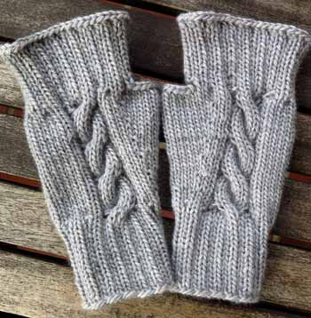 43 Knitch Cable Cashmere Writies