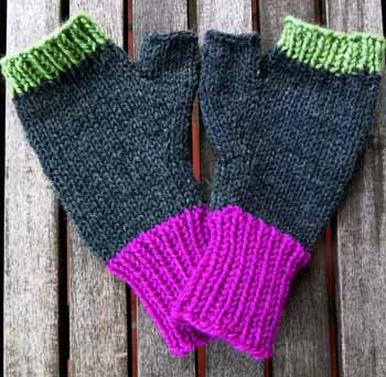 07 Worsted Wristlettes