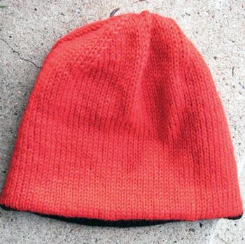 074b_very_warm_hat_inside