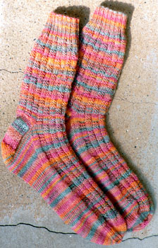 058_baskeweave_ribbing_socks_2