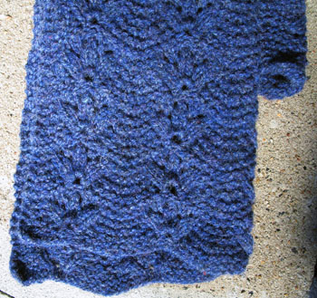 06b_bridsfoot_scarf_detail