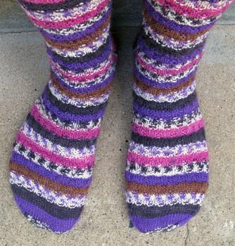 23_woven_stitch_socks