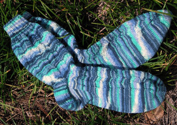 052_melanies_twist_socks