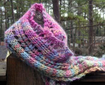 Eyelet_scarf
