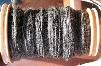 Gray_yarn_1